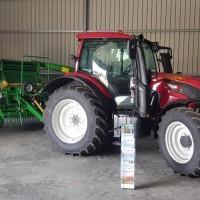 traktor maszyna rolnicza