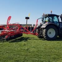 pokaz maszyn na dniach kukurydzy